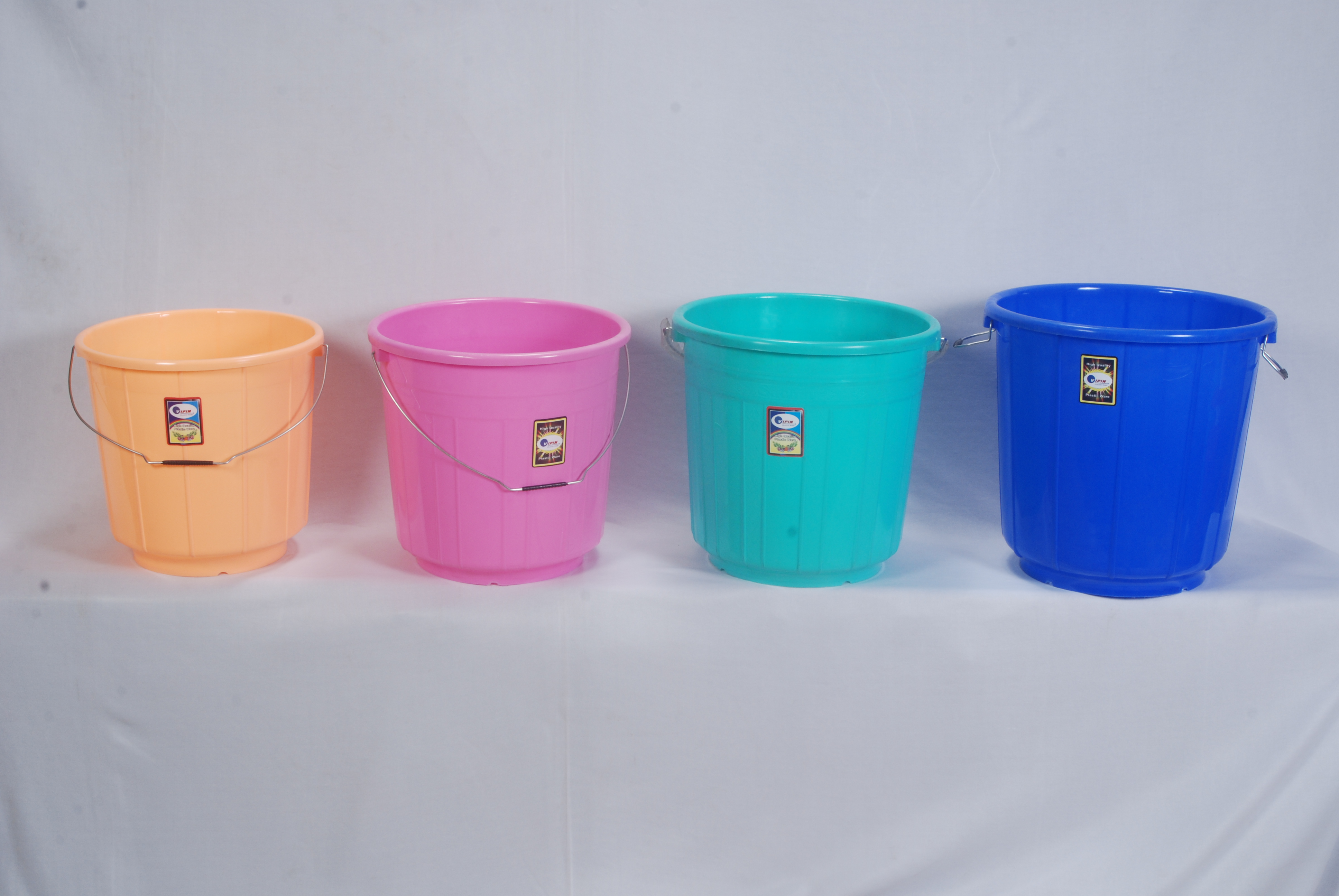 Buckets 16, 18, 20 and 25 litres
